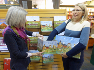 Helen & Pat making the draw